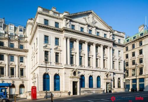 Offices to let in 11 Waterloo Place